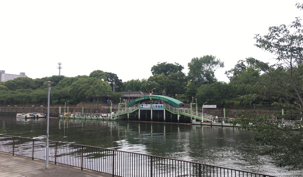 水上バス乗り場